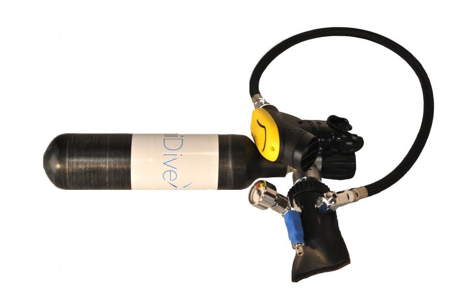 MiniDive Carbon il bombolino da sub per il seabob