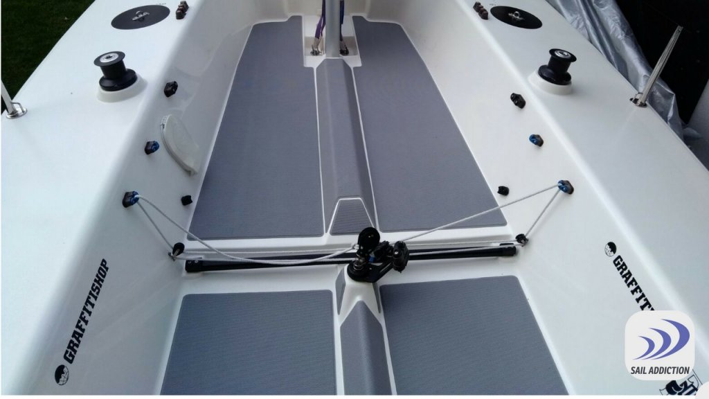kit antiscivolo seadek per barche one design